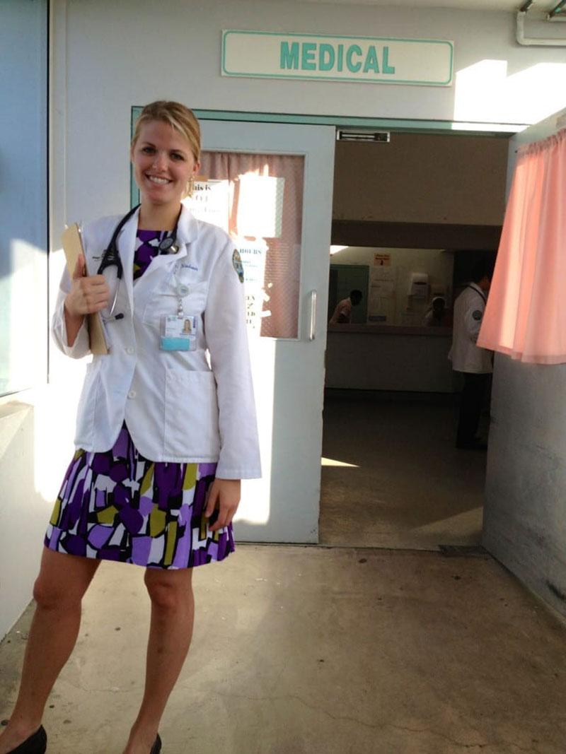 Medicine rotation at JNF Hospital in St. Kitts. Photo: Courtesy of Dr. Elizabeth Nielsen