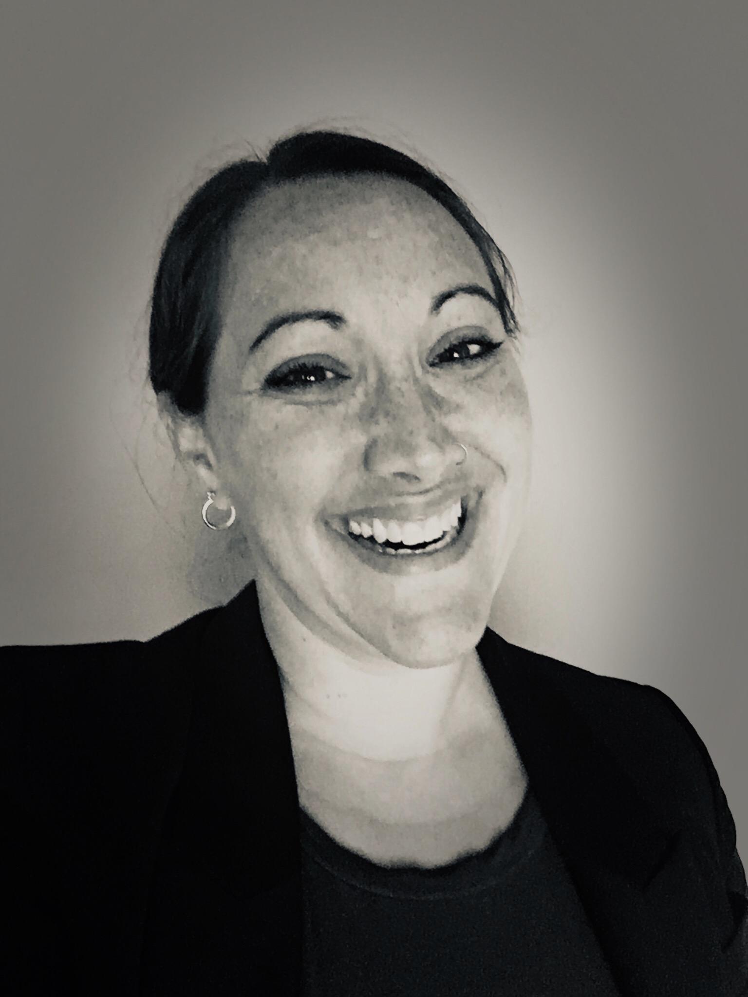 Molly Johannessen Professional Headshot